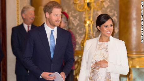 Opinion - Prince Harry and Meghan have the right to skip the newborn picture