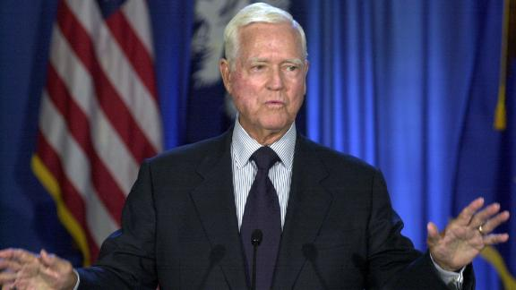 "Sen. Ernest ""Fritz"" Hollings, D-S.C., gestures as he announces that he that will not seek re-election, during a news conference, Monday, Aug. 4, 2003, in Columbia, S.C. Hollings was first elected to the Senate in 1966 (AP Photo/Mary Ann Chastain)"