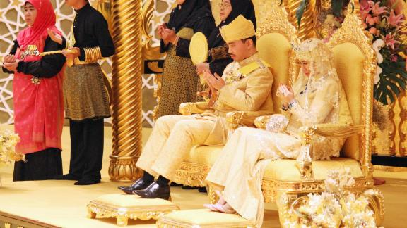 Brunei's Prince Abdul Malik, the second son of Sultan Hassanal Bolkiah, ties the knot with IT instructor Dayangku Raabi'atul 'Adawiyyah Pengiran Haji Bolkiah, 22, in a ceremony in April 2015.