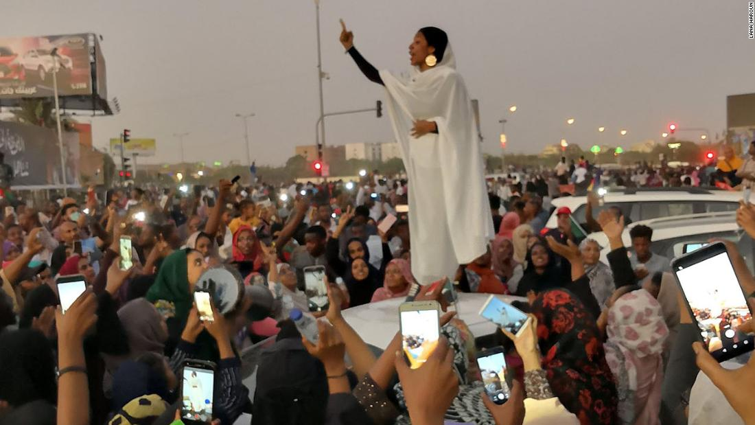 Sudan protests: This woman has come to symbolize the ...