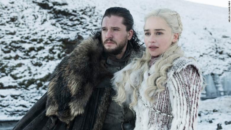 Kit Harington, Emilia Clarke in 'Game of Thrones'
