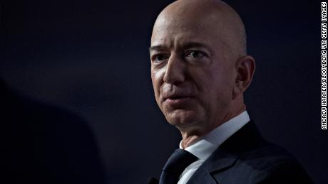 Jeff Bezos earned $ 81,840 last year. He is still the richest person in the world