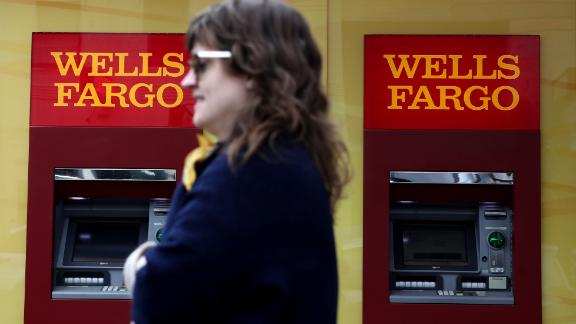 SAN FRANCISCO, CALIFORNIA - FEBRUARY 07: A pedestrian walks by a Wells Fargo Bank office on February 07, 2019 in San Francisco, California. Wells Fargo customers are experiencing difficulty using ATMs and the Wells Fargo phone app after reports of a technical issue at the outage at a server farm located in Shoreview, Minnesota. (Photo by Justin Sullivan/Getty Images)