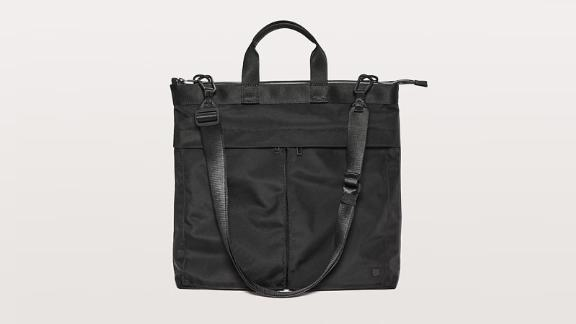 """<strong>Lululemon Commission Bag ($128; </strong><a href=""""http://redirect.viglink.com?type=bk&opt=false&u=https%3A%2F%2Fshop.lululemon.com%2Fp%2Fmen-bags%2FCommission-Bag-20L%2F_%2Fprod9330113%3Fcolor%3D0001&key=ed7eb6546c416eb284920d7a87c6d8c4"""" target=""""_blank"""" target=""""_blank""""><strong>lululemon.com</strong></a><strong>)</strong><br /><br />This functional bag from Lululemon is the perfect option for those always on the go. It's easy to carry by the handles or wear as a crossbody with its detachable strap. It's also got an interior pocket to keep your sweaty gear separate if you're squeezing in a workout during the workday.<br />"""