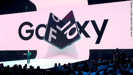 Samsung announces the Galaxy Fold smartphone in February