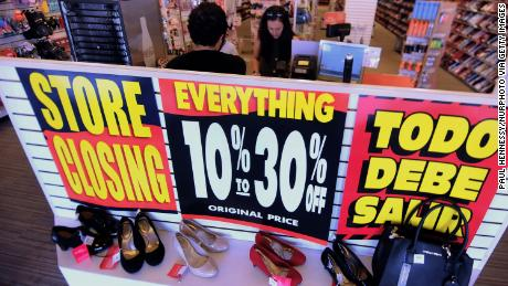 7f552d3819062 American retailers already announced 6,000 store closures this year.  That's more