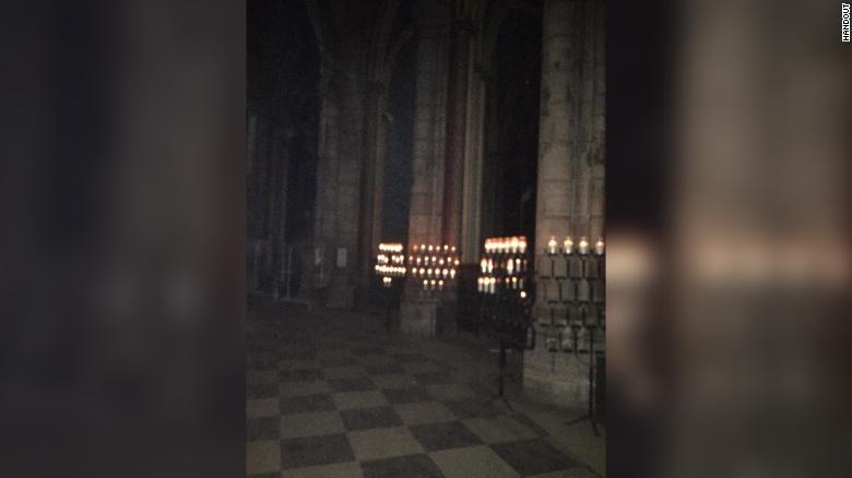 OMG !!! Notre Dame Cathedral Ablaze !!!! 190416103151-04-notre-dame-interior-exlarge-169