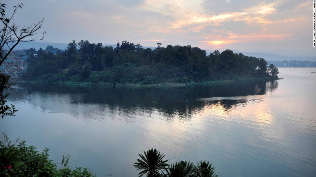 congo boat capsize 150 feared dead in lake kivu