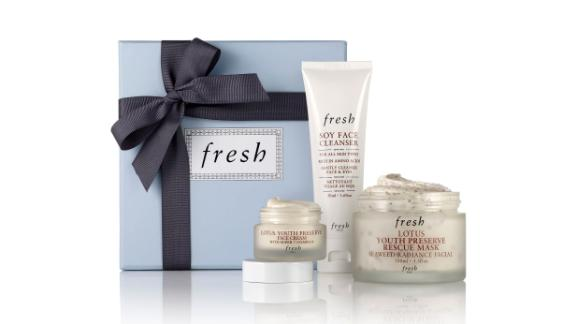 """<strong>FRESH Radiance Boosting Skin Care Set ($58.40, originally $73; </strong><a href=""""https://click.linksynergy.com/deeplink?id=Fr/49/7rhGg&mid=1237&u1=0416nordspringsale&murl=https%3A%2F%2Fshop.nordstrom.com%2Fs%2Ffresh-radiance-boosting-skin-care-set-nordstrom-exclusive-94-value%2F4888567%3Forigin%3Dcategory-personalizedsort%26breadcrumb%3DHome%252FSale%252FWomen%252FBeauty%2520%2526%2520Fragrance%26color%3Dnone"""" target=""""_blank"""" target=""""_blank""""><strong>nordstrom.com</strong></a><strong>) </strong>"""
