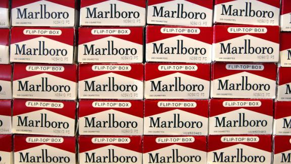 NILES, IL - JUNE 13:  Cartons of Marlboro brand cigarettes are seen inside a Cigarettes Cheaper store June 13, 2003 in Niles, Illinois. The U.S. Surgeon General told Congress that all tobacco products be banned but that decision will be up to the lawmakers.  (Photo by Tim Boyle/Getty Images)