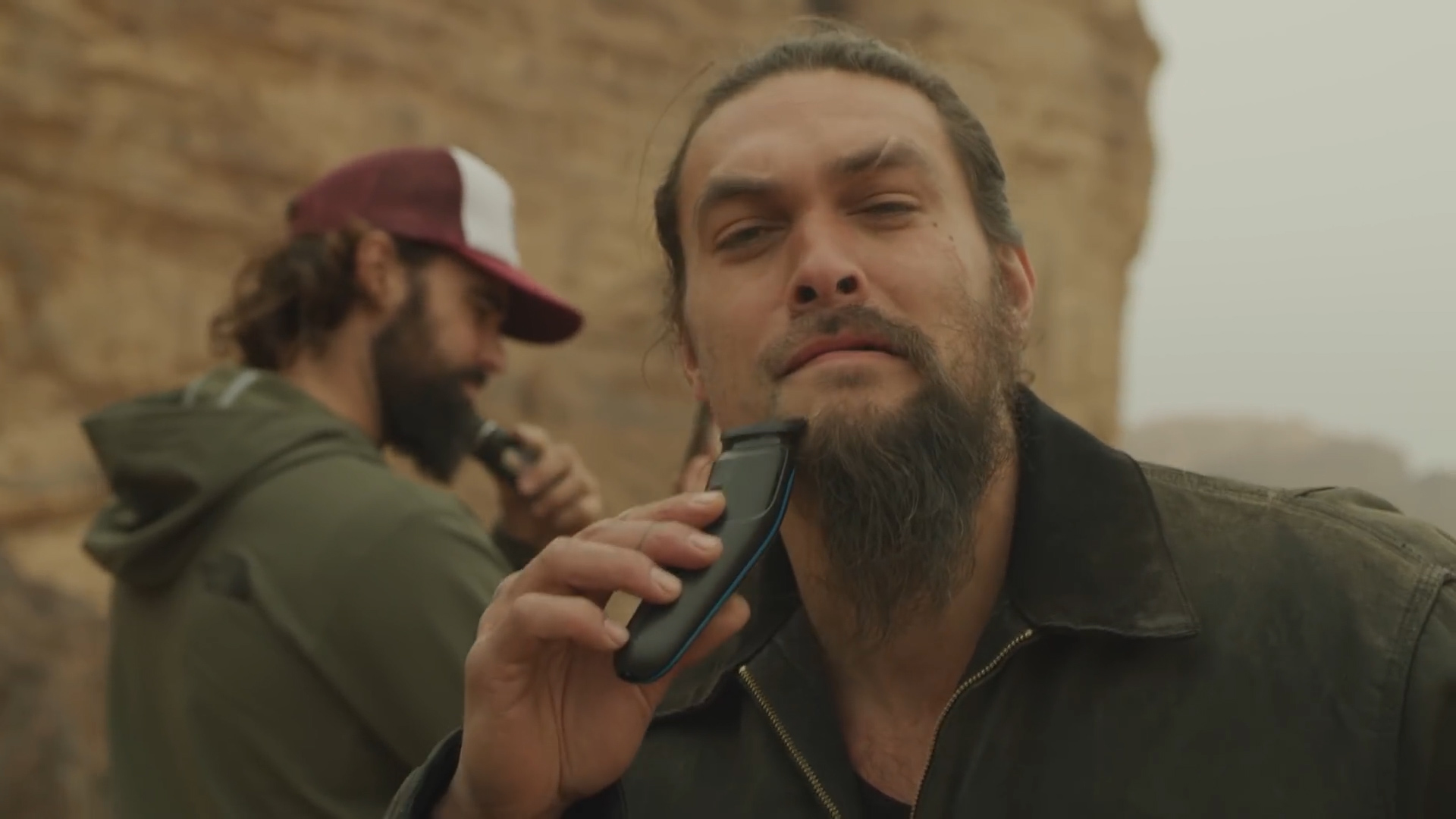Game Of Thrones Star Jason Momoa Shaves Off Beard For A Cause