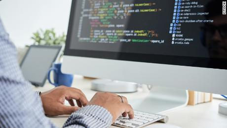 Basic coding classes for beginners: This online course is