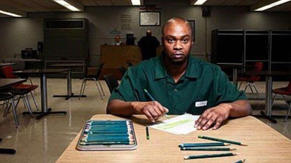 Valentino Dixon rekindled a love for art while serving a life sentence.