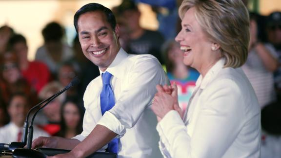 """Castro introduces Democratic presidential candidate Hillary Clinton at a """"Latinos for Hillary"""" event in San Antonio in 2015."""