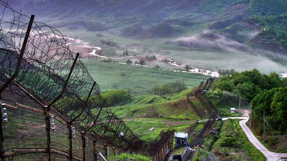 A demilitarized zone seperates North and South Korea.