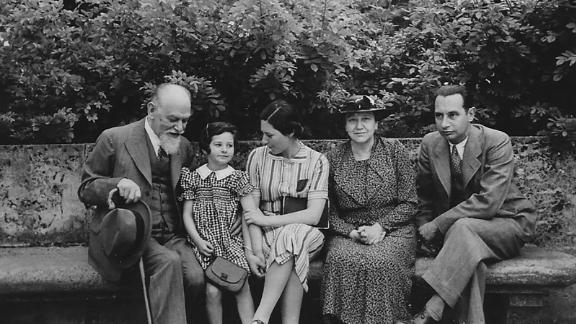 German-Jewish art dealer Siegfried Laemmle, left, was forced to dissolve his business under the Nazi Party. Now, his descendants are getting a small piece of it back.