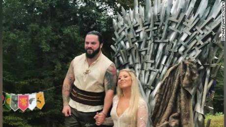 Game Of Thrones Wedding.See Epic Got Throne Welder Built For His Wedding