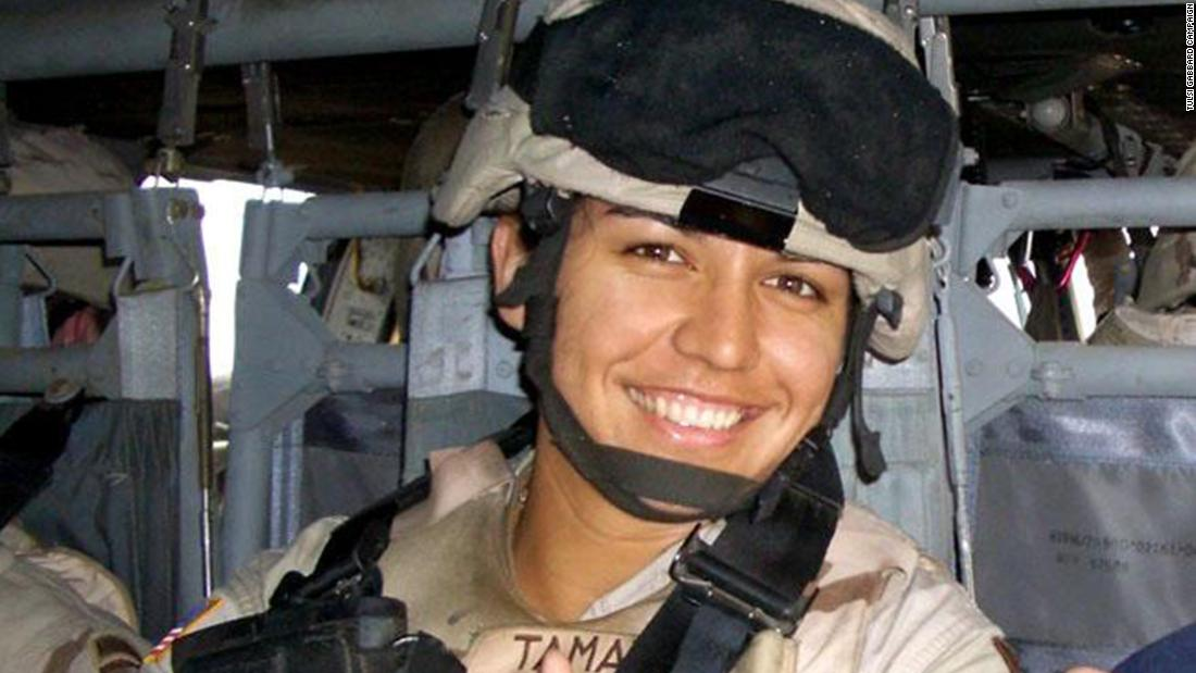 Gabbard enlisted in the Hawaii Army National Guard in 2003, completing her basic training between legislative sessions. The next year, her unit was activated and she served with a field medical unit in Iraq.