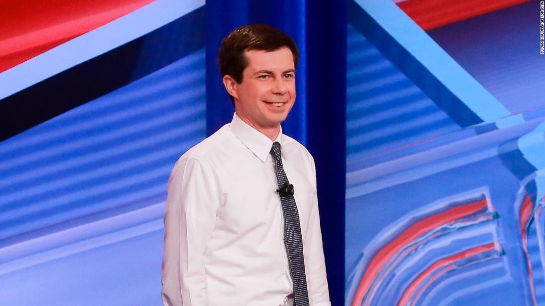 Warren's the professor and Buttigieg is the charismatic student without his homework. Guess who voters like best?
