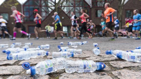 Almost 1 million plastic bottles were handed out to runners last year.