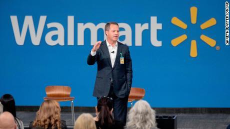 Walmart CEO Doug McMillon's total salary last year was nearly $ 24 million.