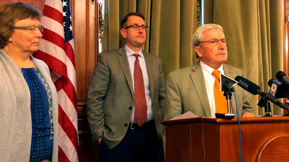 Iowa's longest-serving GOP lawmaker joins the Democrats because of Trump