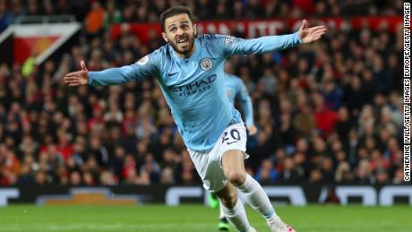 Bernardo Silva scores for Manchester City.