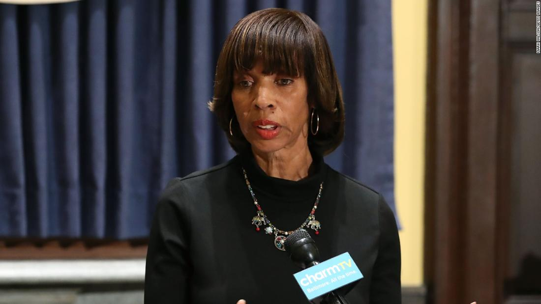 FBI raids mayor's home as corruption probe escalates