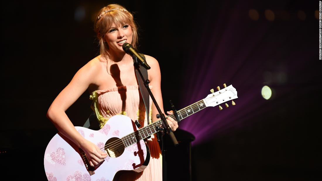 Taylor Swift says she plans to re-record her earlier songs