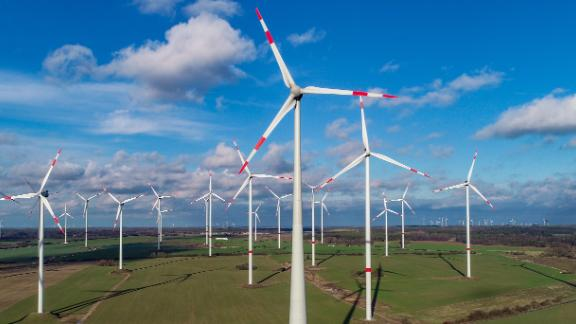 "28 January 2019, Brandenburg, Jacobsdorf: The wind energy park ""Odervorland"" (aerial photo with a drone). Photo: Patrick Pleul/dpa-Zentralbild/ZB (Photo by Patrick Pleul/picture alliance via Getty Images)"