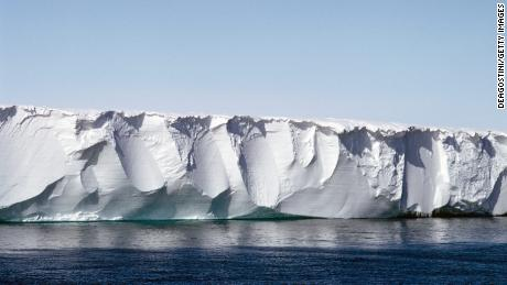 largest ice shelf melting 10 times faster than the average