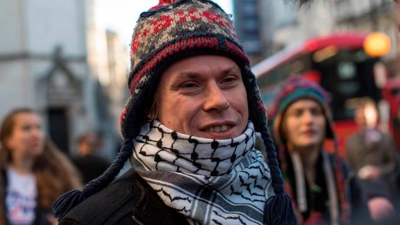 Lauri Love arrives at the Royal Courts of Justice in London to appeal the decision to extradite him to the US on November 30, 2017.