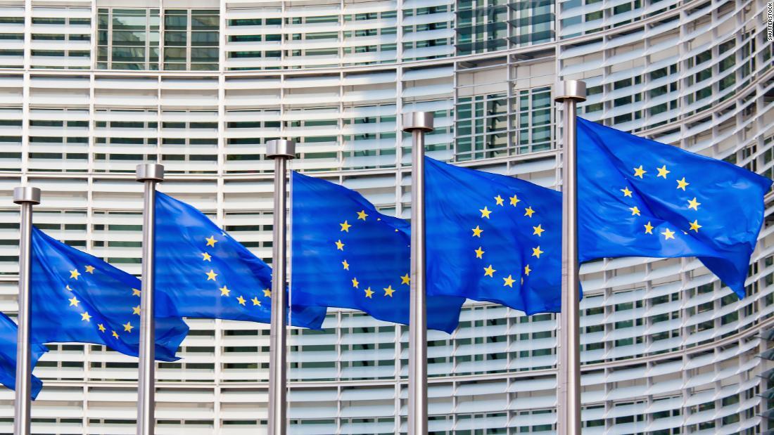 Divieto di viaggio nell'UE: le frontiere riapriranno, ma probabilmente non per gli americani