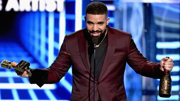 Drake accepts Billboard