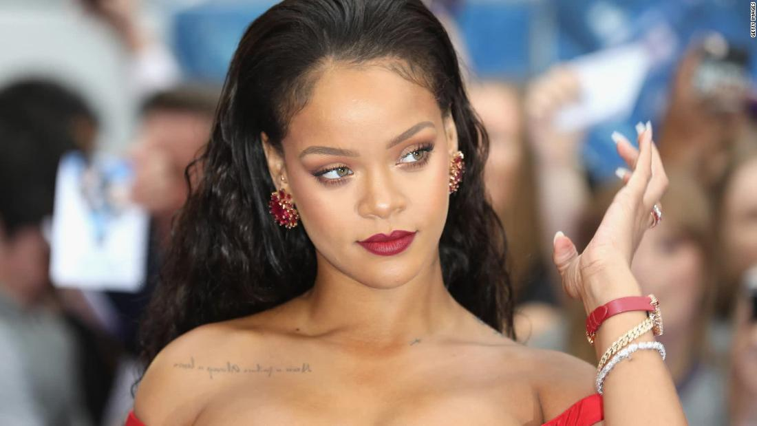 Rihanna is named as the world's wealthiest female musician