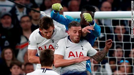 Jan Vertonghen collided with teammate Toby Alderweireld and Ajax goalkeeper Andre Onana.