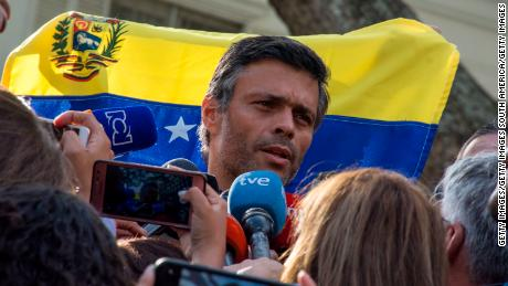 CARACAS, VENEZUELA - MAY 2: Opposition Leader Leopoldo Lopez speaks to the media at the gate of the Spanish ambassador's residence on May 2, 2019, in Caracas, Venezuela. (Photo by Rafael Briseño/Getty Images)
