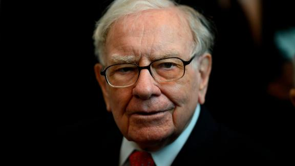 Warren Buffett, CEO of Berkshire Hathaway, attends the 2019 annual shareholders meeting in Omaha, Nebraska, May 3, 2019. (Photo by Johannes EISELE / AFP)        (Photo credit should read JOHANNES EISELE/AFP/Getty Images)