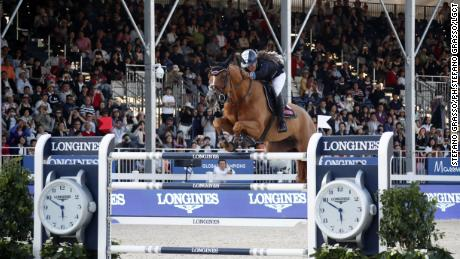 Danielle Goldstein rode Lizziemary