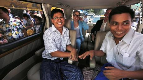 Reuters reporters Wa Lone and Kyaw Soe Oo respond in a vehicle after being released from Insein Prison after receiving a pardon in Yangon, Myanmar, on May 7, 2019. REUTERS / Ann Wang
