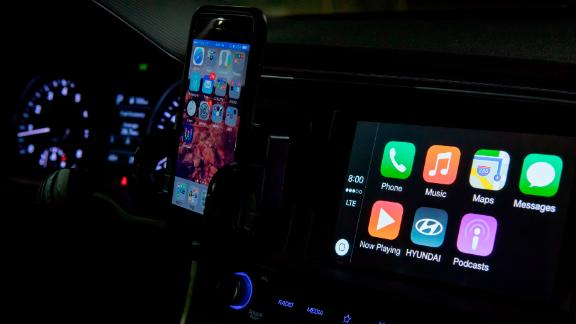 Apple's CarPlay integrated in a Hyundai, in September 2018. | usage worldwide Photo by: Frank Duenzl/picture-alliance/dpa/AP Images