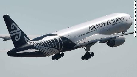 Air New Zealand threatened with Māori boycott over attempt to trademark 'Kia Ora' logo