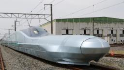 Japan tests world's fastest bullet train