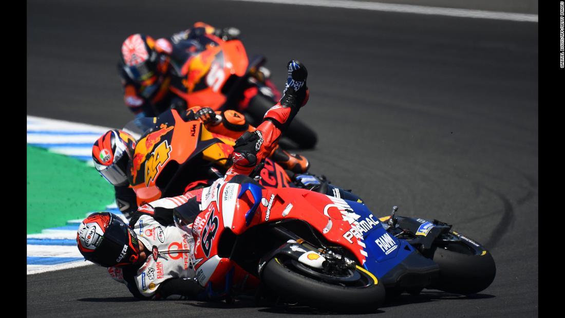Pramac Racing's Italian rider Francesco Bagnaia falls down during the MotoGP race of the Spanish Grand Prix at the Jerez - Angel Nieto circuit in Jerez de la Frontera on May 5, 2019.
