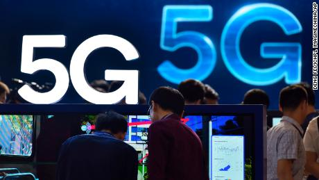 Senators ask how to push 5G without Chinese technology