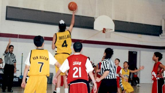 Sim Bhullar scores in a Philippine basketball league in Toronto, Canada, circa 2003-2004.