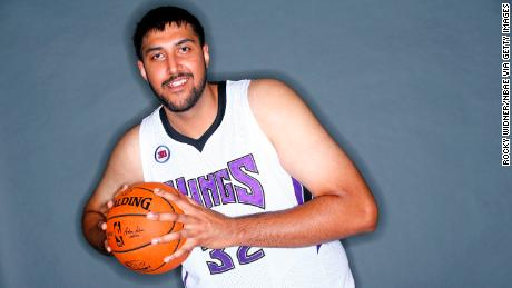 SACRAMENTO, CA - SEPTEMBER 26:  Sim Bhullar #32 of the Sacramento Kings poses for a photo on media day September 26, 2014 at the Kings practice facility in Sacramento, California. NOTE TO USER: User expressly acknowledges and agrees that, by downloading and/or using this Photograph, user is consenting to the terms and conditions of the Getty Images License Agreement. Mandatory Copyright Notice: Copyright 2014 NBAE (Photo by Rocky Widner/NBAE via Getty Images)