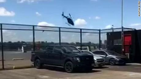 Video shows moment helicopter crashes into Hudson River