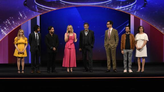 'The Big Bang Theory' cast took a bow at the CBS upfront presentation.