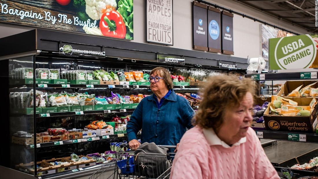 The brutally efficient grocery chain upending America's supermarkets